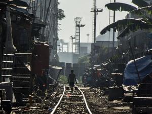 Pemerintah Anggarkan Rp292,8 Triliun Kurangi Kemiskinan