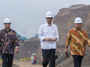 Menteri PUPR: Target Tol Trans Jawa Tuntas 2018 Realistis