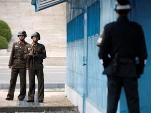 Prajurit Ditembak Garda Korea    Utara Saat Membelot ke Korea Selatan