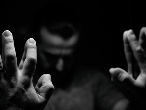 Impostor Syndrome, Gejala si Cerdas yang Tak Merasa Cukup