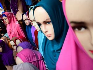 Berburu Jilbab di Tanah Abang
