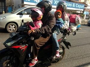 Hindari Mudik dengan Sepeda Motor demi Keselamatan Anak