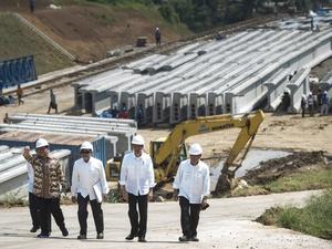 Jokowi Tetapkan Perpres untuk 55 Proyek Nasional Baru