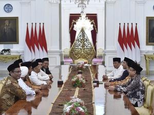 30 Menit Pertemuan GNPF MUI dan Jokowi