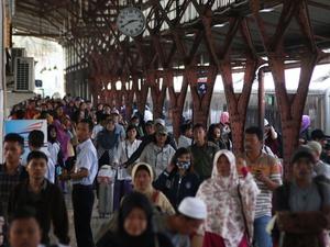 Arus Balik Stasiun Pasar Senen