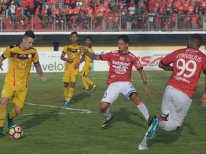 Jadwal Liga 1 24 Oktober 2017: Bali United & Arema Bakal Berlaga