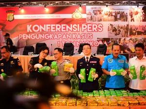 Konferensi Pers Sabu Satu Ton