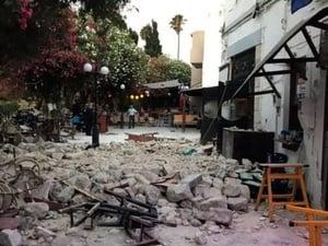 Gempa Hebat di Yunani-Turki Akibatkan 2 Tewas, 200 Terluka