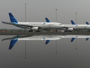 Garuda Indonesia Batalkan 18 Penerbangan karena Erupsi Gunung Agung
