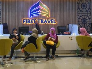 Meski Izinnya Dicabut, First Travel Harus Ganti Uang Jemaah