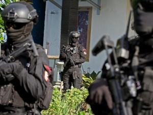 Empat Terduga Teroris Anggota JAD Dibekuk Densus 88 di Riau
