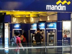 Bank Mandiri Ganti Rugi 28 Nasabah Korban Skimming di Surabaya