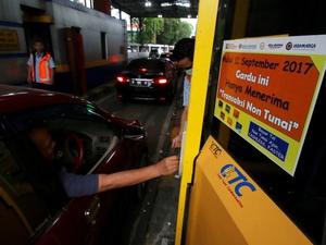 Jadwal Penerapan Pembayaran Tol Non Tunai Jakarta-Cikampek