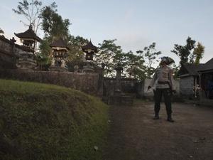 Status Gunung Agung Jadi Awas, Batas Aman 12 Km dari Puncak