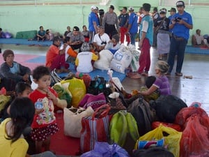 Gunung Agung Status Siaga: Warga Mengungsi ke Klungkung