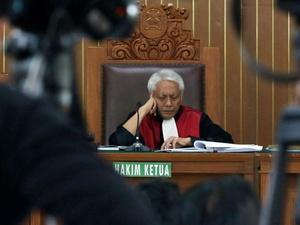 Dokumen Digital & Saksi Ahli Jadi Senjata KPK Lawan Setnov