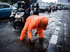 Birokrat DKI: Jumlah Pasukan Oranye dan Biru Tak Berkurang