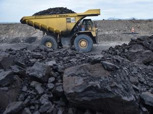 Berakhirnya Masa-masa Kelam Industri Batu Bara