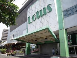 Penutupan Gerai Lotus: Karyawan Bakal Dikembalikan ke Vendor