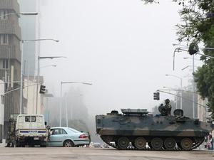 Militer Zimbabwe Ambil Alih Kekuasaan Presiden Mugabe