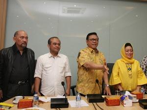 Perebutan Posisi Ketum Golkar: Pendukung Jokowi Versus Anti Jokowi?
