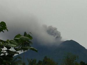 Gunung Agung Meletus, Forum IMF-Bank Dunia 2018 Tetap di Bali