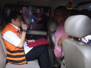 Fredrich Minta KPK Periksa Seluruh Saksi Meringankan untuk Novanto