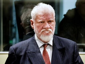 Eks Jenderal Kroasia Pembantai Muslim Bosnia Bunuh Diri Minum Racun