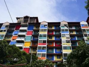 Warna Warni Rumah Susun Benhil 2