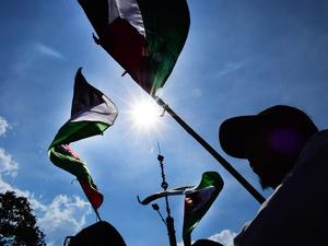 Aksi Bela Palestina: Massa BuruhKSPI Gelar Demo di Kedubes AS