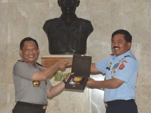 MoU TNI-Polri soal Kamtibmas Membikin TNI Seperti di Era Orba