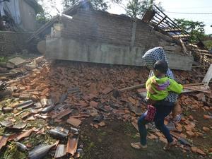 Gempa di Tasikm   alaya: Korban Jiwa Bertambah Jadi 3 Orang
