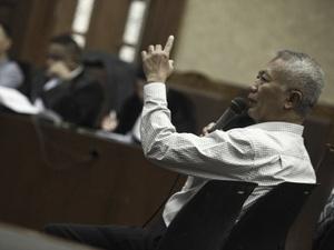 KPK Cermati Pengakuan Tonny Budiono Soal Dana ke Paspampres