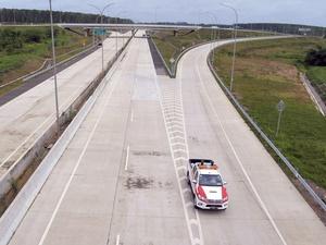 Presiden Jokowi Resmikan Jalan Tol Trans Sumatera Hari Ini