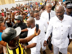 Legenda Sepakbola George Weah Klaim Menang di Pilpres Liberia
