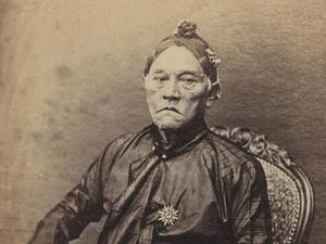 Pakubuwana VIII, Raja Jawa Pertama yang Tidak Berpoligami
