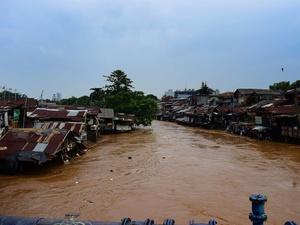Rencana Sandiaga Soal Normalisasi Sungai untuk Cegah Banjir Jakarta