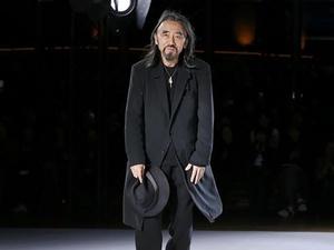 Dari Dior hingga Yves Saint Laurent: Para Pria di Dunia Fashion