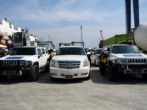 KPK Sita Mobil Mewah Bupati Sungai Hulu Tengah