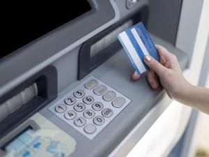 Bank Mandiri Ganti Rugi Rp260 Juta ke 140 Nasabah Korban Skimming