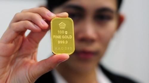 Mendulang Pajak Dari Para Pembeli Emas Tirtoid