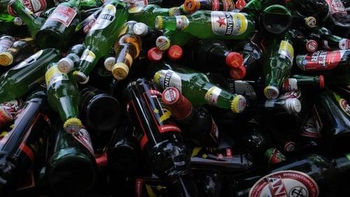 Download 700 Koleksi Gambar Gerak Minuman Keras Terbaik Gratis HD