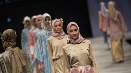 Mengejar Untung di Balik Akulturasi Busana Muslim Dunia - Tirto.ID b750f4e346