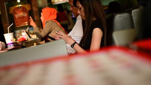 Cara Blokir Sms Penipuan Spam Dan Iklan Di Hp Android Tirto Id