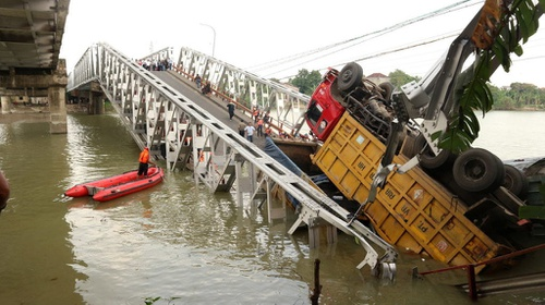 Pakar Its Sebut Kelebihan Muatan Penyebab Jembatan Babat Ambruk