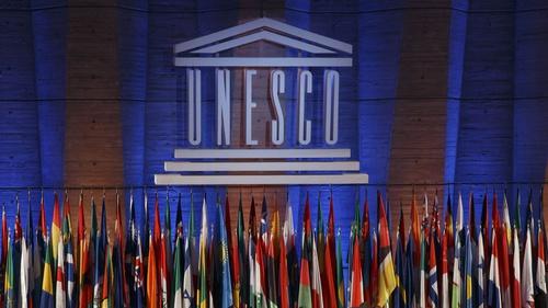 Apa Itu Pantun Yang Diresmikan Sebagai Warisan Tak Benda Unesco Tirto Id