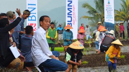 Jokowi ke Jawa Barat 3859b9adc3