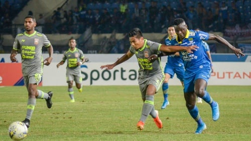 Hasil gambar untuk prediksi Surabaya Vs Persib 18 oktober 2019