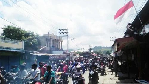 Papua Memanas: Warga Tewas, Aparat Ditambah, Komunikasi Terputus