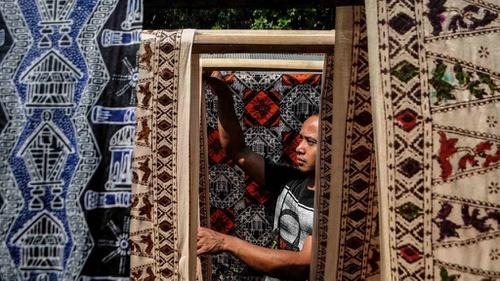 Pemerintah Imbau Pemakaian Batik Di Hari Batik Nasional 2